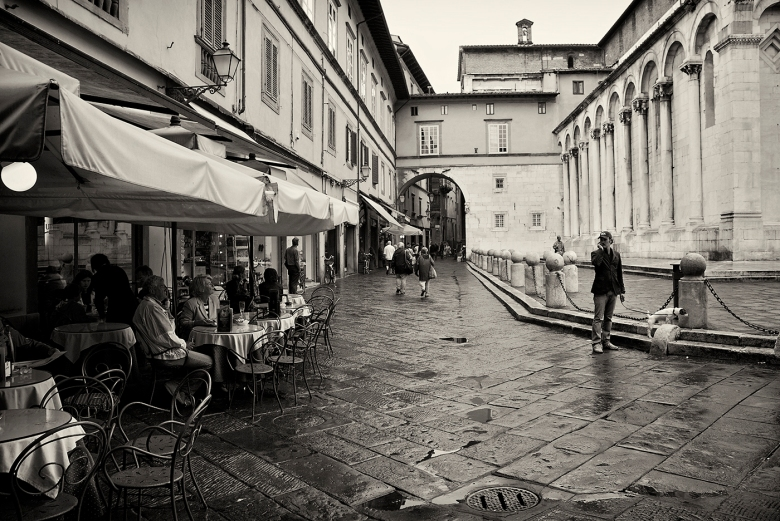 A café in the City of Lucca after a unbelievable rain storm.