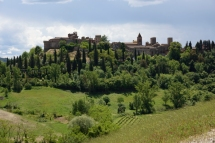 PROVINCE OF SIENA Population (31 May 2009) Ê¥ÊTotal 270,333 The Province of Siena (Italian: Provincia di Siena) is a province in the Tuscany region of Italy. Its capital is the city of Siena. Geography The province is divided into seven historical areas: 1. Alta Val d'Elsa 2. Chianti senese 3. The urban area of (Monteriggioni and Siena) 4. Val di Merse 5. Crete senesi Val d'Arbia 6. Val di Chiana senese 7. Val d'Orcia and Amiata The area is a hilly one: in the north is Colline del Chianti; Monte Amiata is the highest point at 1,738 metres (5,702Êft); and in the south is Monte Cetona. To the west are the Colline Metallifere (ÒMetallic HillsÓ), whilst the Val di Chiana lies to east. Historically, the province corresponds to the former Republic of Siena. The chief occupations are agricultural (wheat, grapes and fruit) and silk culture. The wine known as Chianti is produced here as well as in other parts of Tuscany: the Chianti Colli Senesi, however, is limited to this province. Apart from the city of Siena the principal towns are Poggibonsi, Colle di Val d'Elsa, Montepulciano, Chiusi, and San Gimignano.