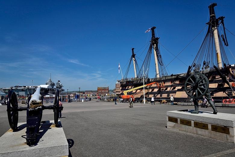 HMS Victory & Royal Dockyards